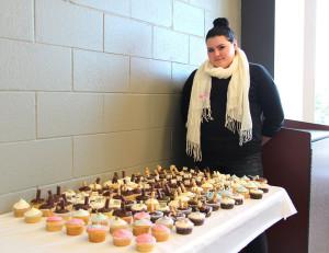 JAG-CT-cupcakes-galore